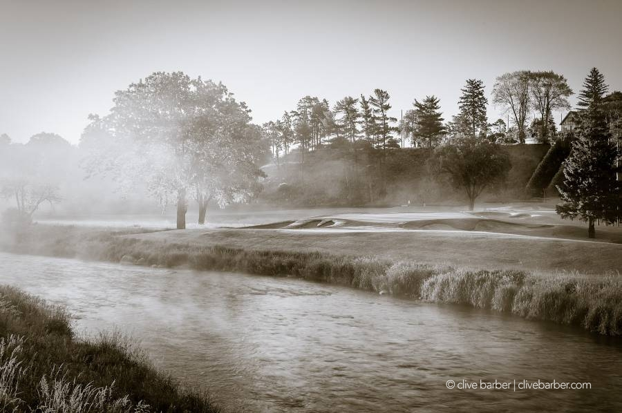 10th tees with fog along Credit River - Mississaugua GCC, Mississauga Canada